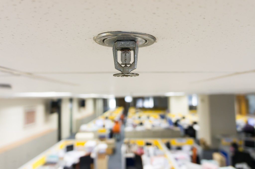 Ceiling sprinkler in the office