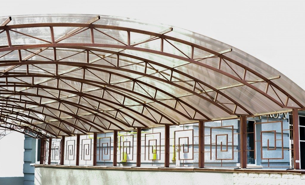 Polycarbonate shhets as roofing