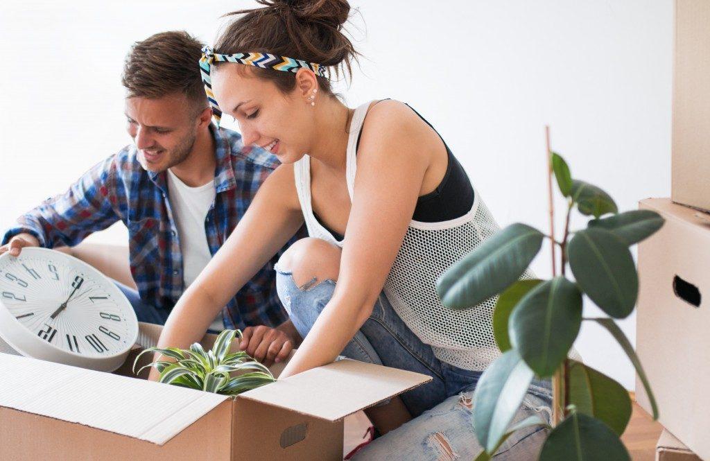 Man & Woman packing